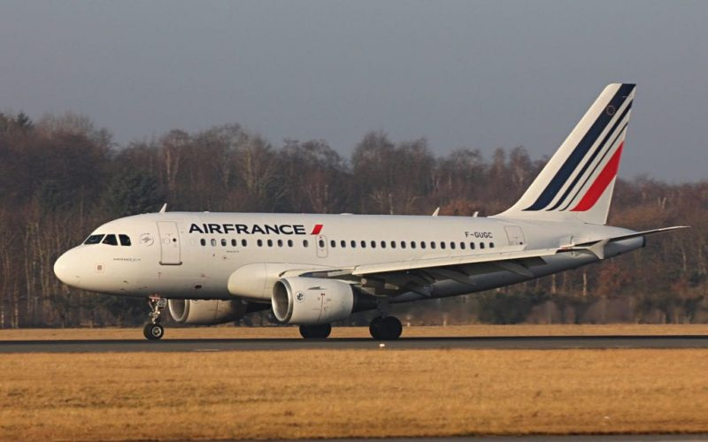Air France, Avion Airbus 318