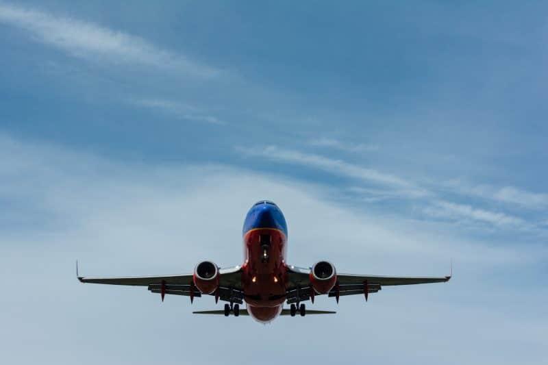 Avion dans la ciel
