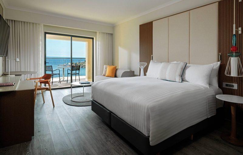 Chambre King Deluxe au Malta Marriott Hotel & Spa avec vue sur mer