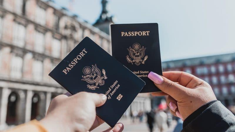 Deux passeports américains