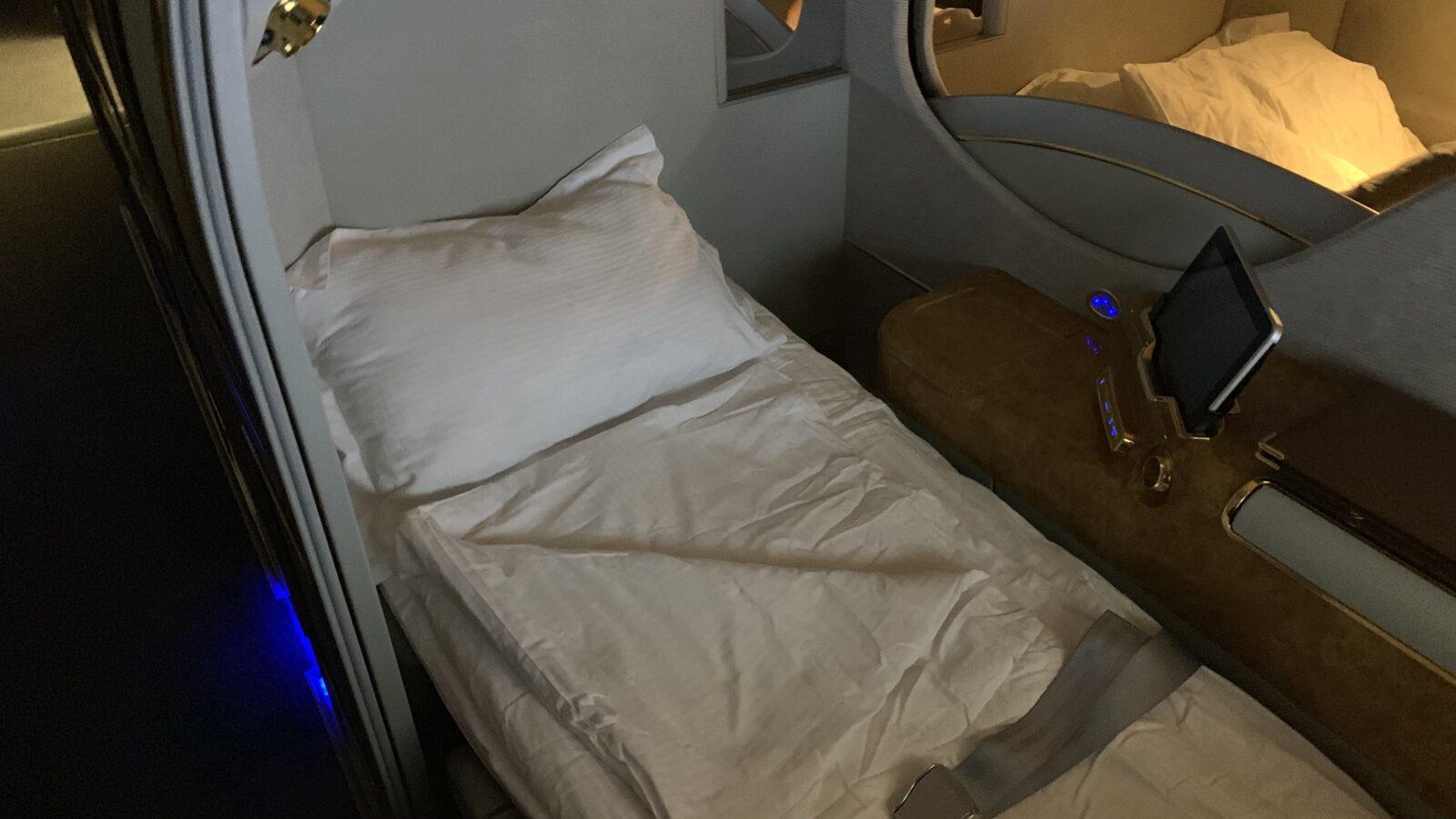 Lit à bord de la Première Classe dans le Airbus A380 d'Emirates
