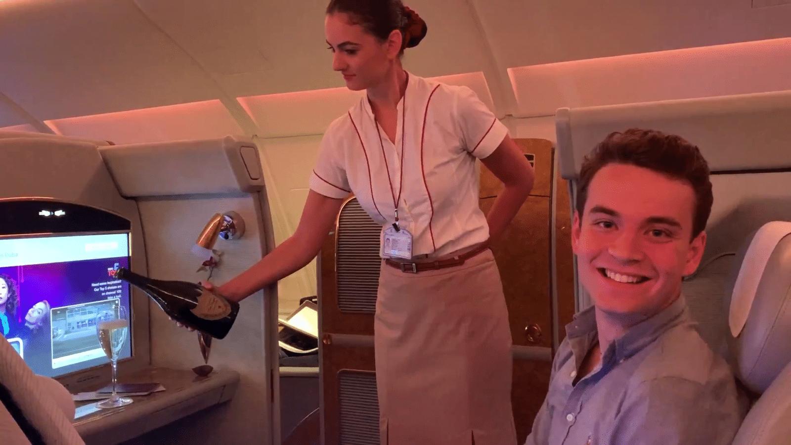 à bord de la Première Classe du Airbus A380 d'Emirates