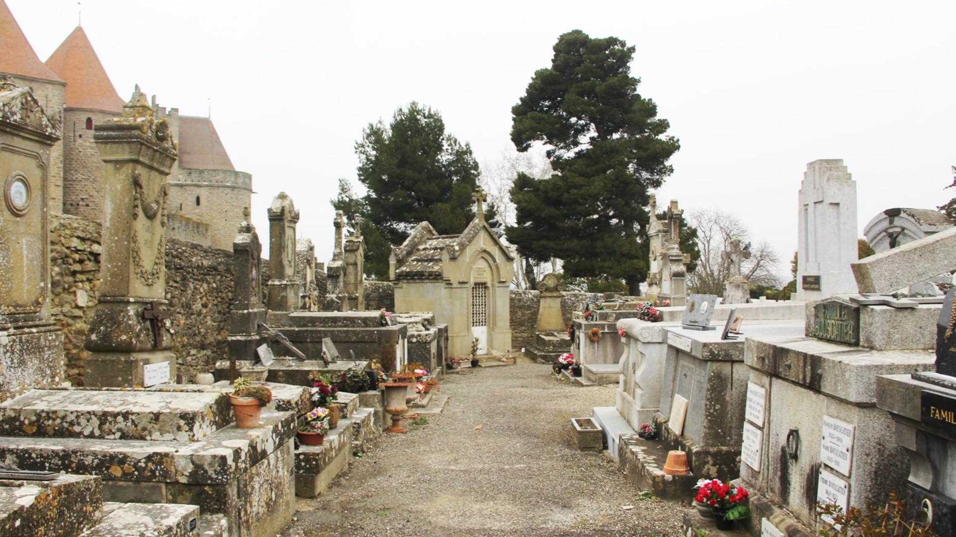 Visiter Carcassonne : le cimetière