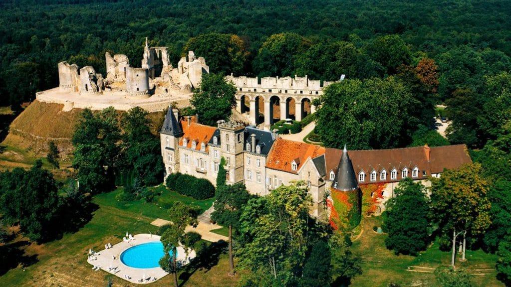 Hôtel insolite en France : le Château de Fère Hôtel & Spa