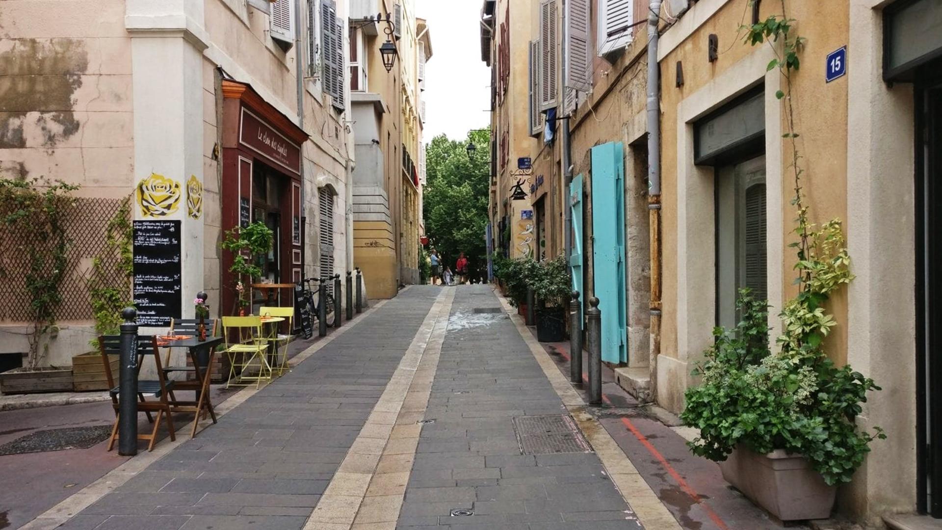 Le quartier du Panier est l'un des endroits les plus beaux et les plus touristiques de Marseille
