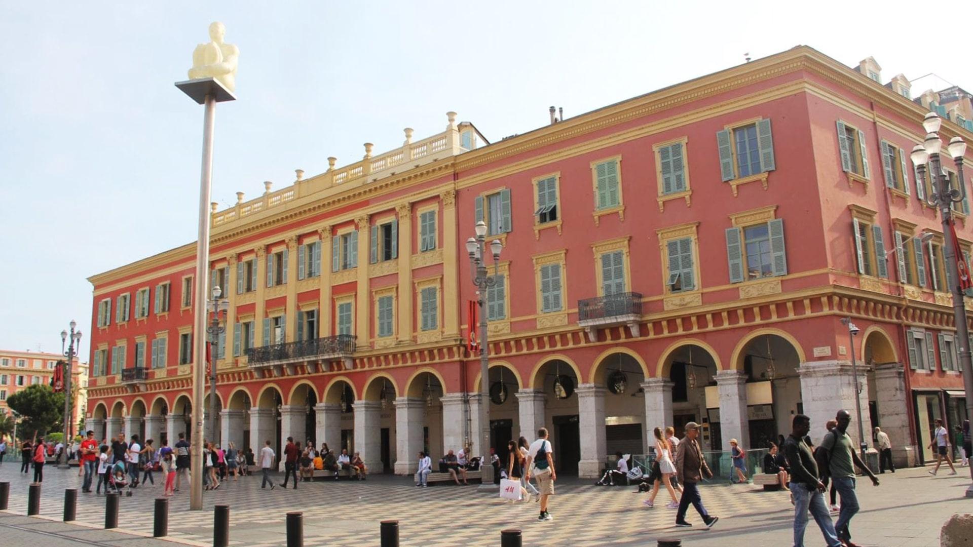 Visiter Nice : la promenade des arts