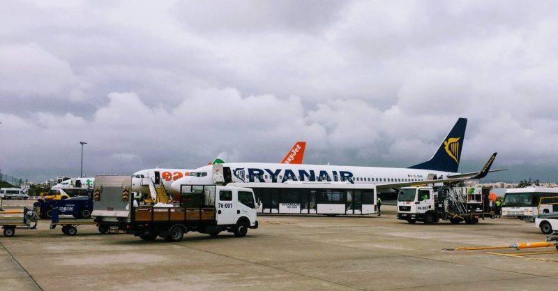 Ryanair vs easyJet