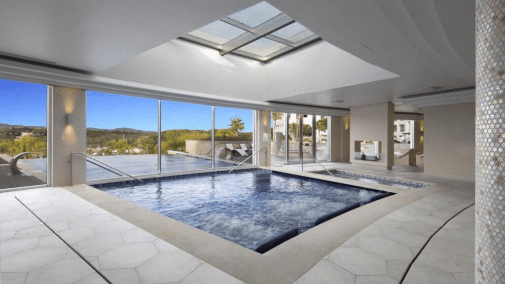 Conrad Algarve piscine interieur