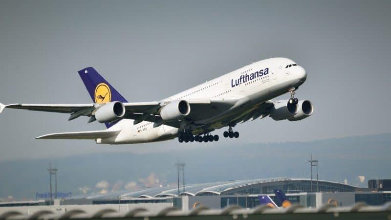 Lufthansa avion a380