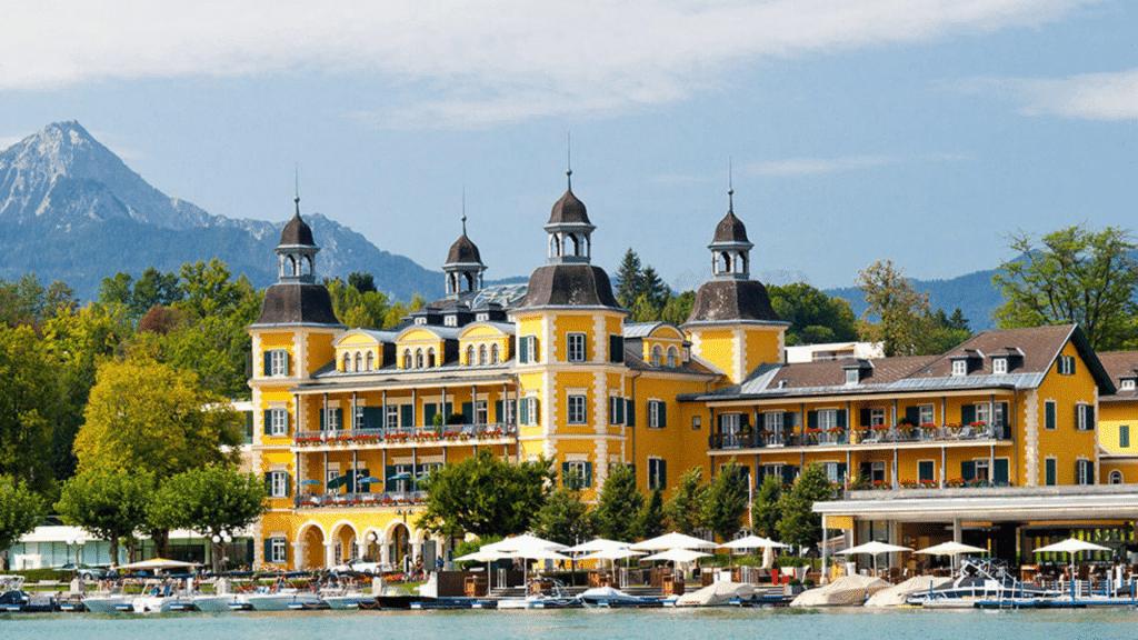 Hôtel spa Falkensteiner Schlosshotel Velden en Autriche