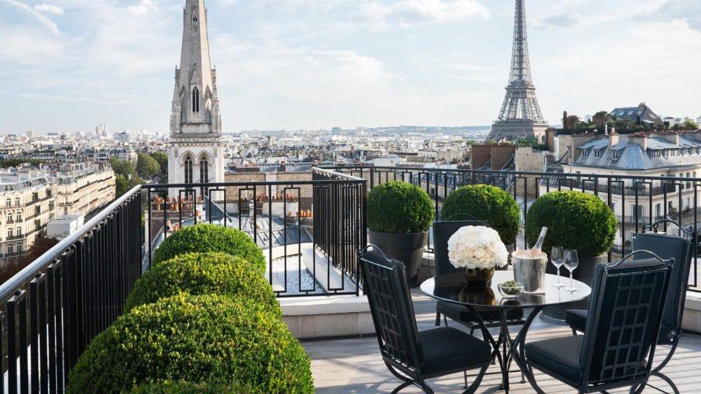 Le Four Seasons, l'un des palaces parisiens