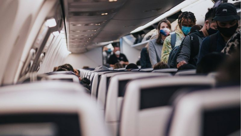Coronavirus : masque en avion