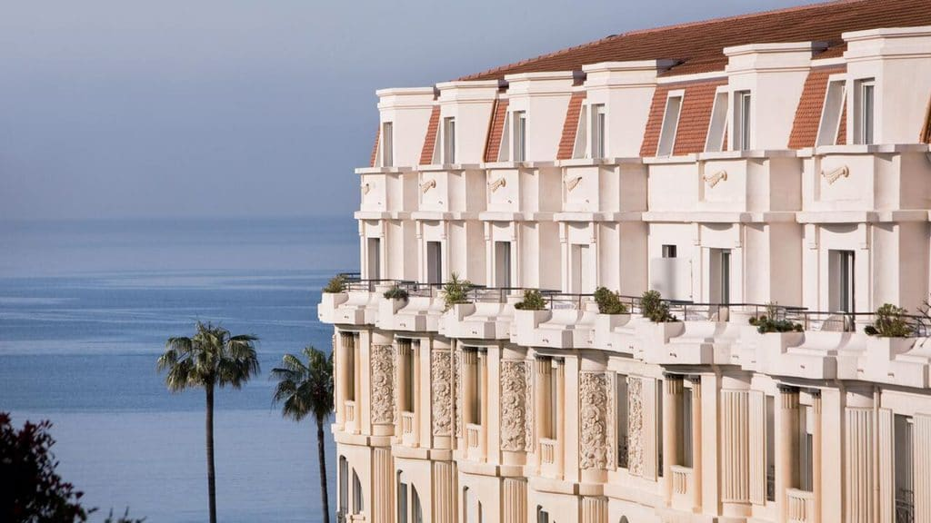 Hôtel Barrière Le Majestic, l'un des plus beaux hôtels 5 étoiles de Cannes