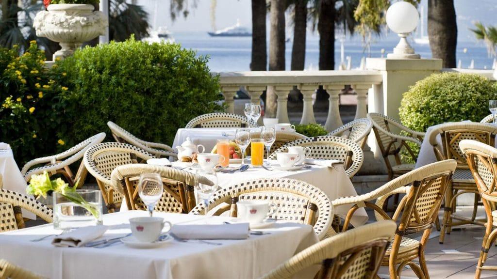 InterContinental Carlton Cannes, l'un des plus beaux hôtels 5 étoiles de Cannes