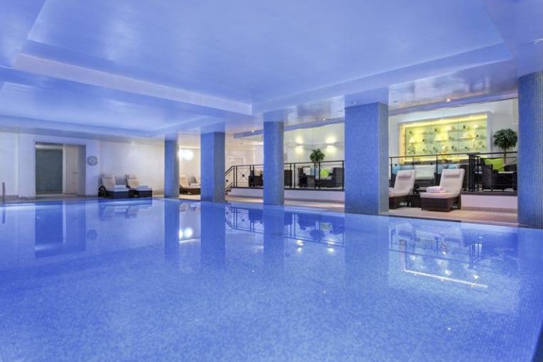 Balmoral Edimbourgh piscine