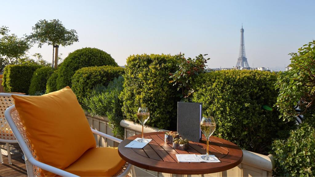 Hôtel Raphael Paris rooftop terrasse