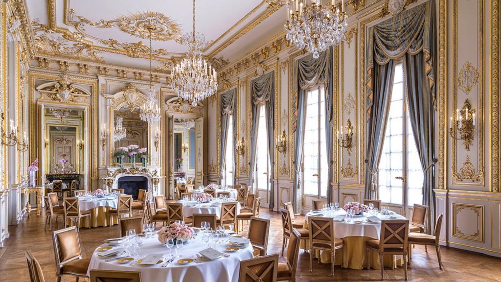 Salon de l'hôtel Shangri-La à Paris
