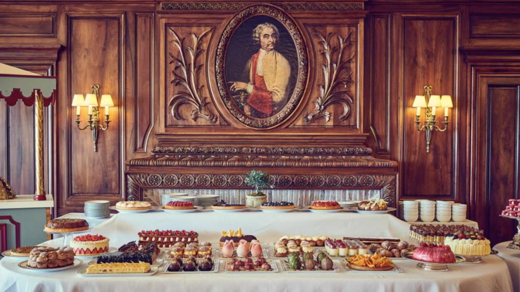 Brunch du Dimanche - Palace, Hôtel de luxe 5 étoiles Gordes (Provence)