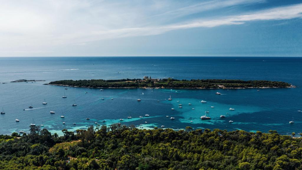 Les eaux turquoise des Îles de Lérins