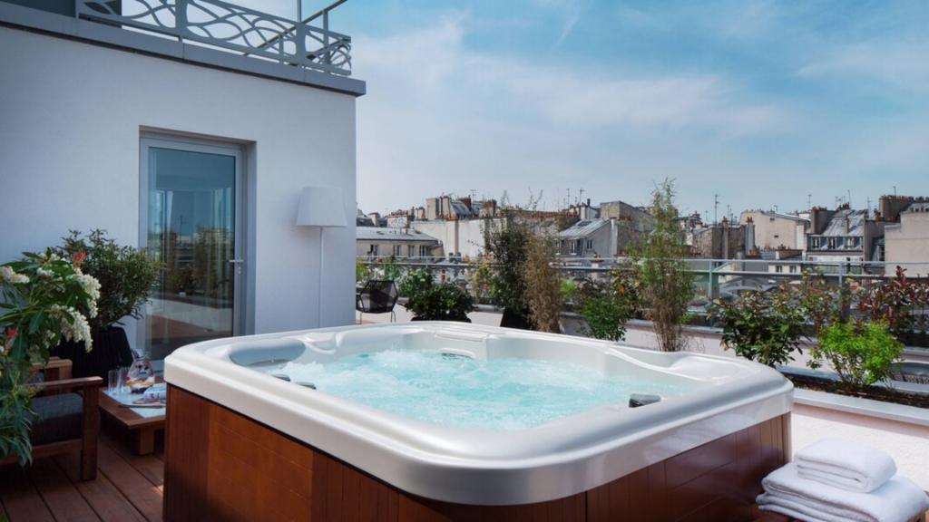 Renaissance Paris République Hotel - Chambres jacuzzi privatif