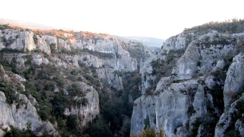 Les Gordes d'Opedette, un incontournable à visiter dans le Parc naturel régional du Luberon