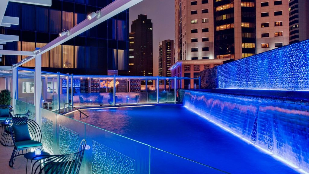 Hôtel de luxe W Doha Quatar - Piscine