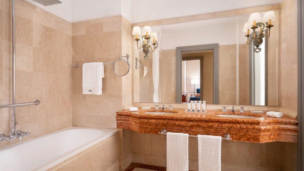 The Westin Excelsior, Florence - Salle de bain