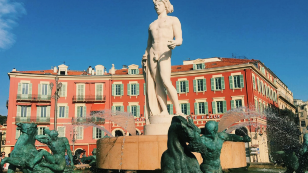 Visiter Nice - Place Masséna