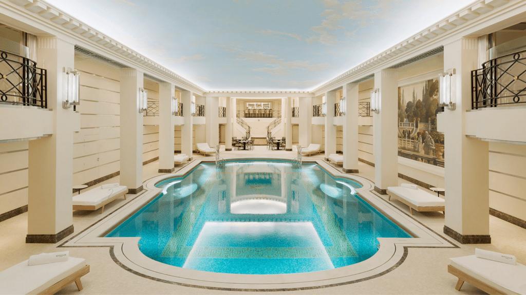 La piscine du Ritz Paris