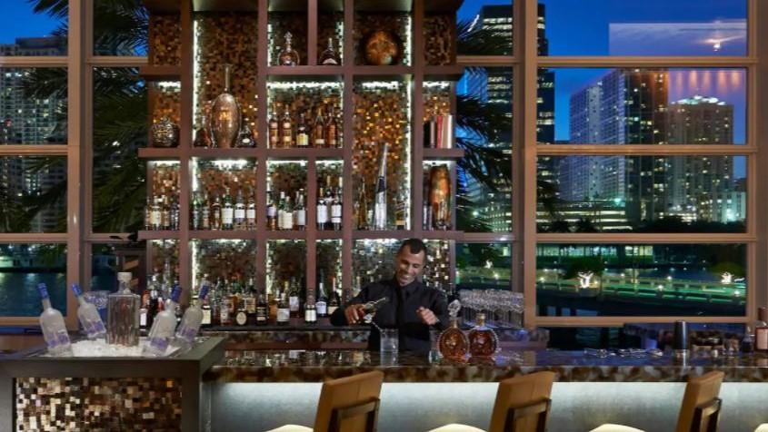 Hôtel Mandarin Oriental à Miami - Bar
