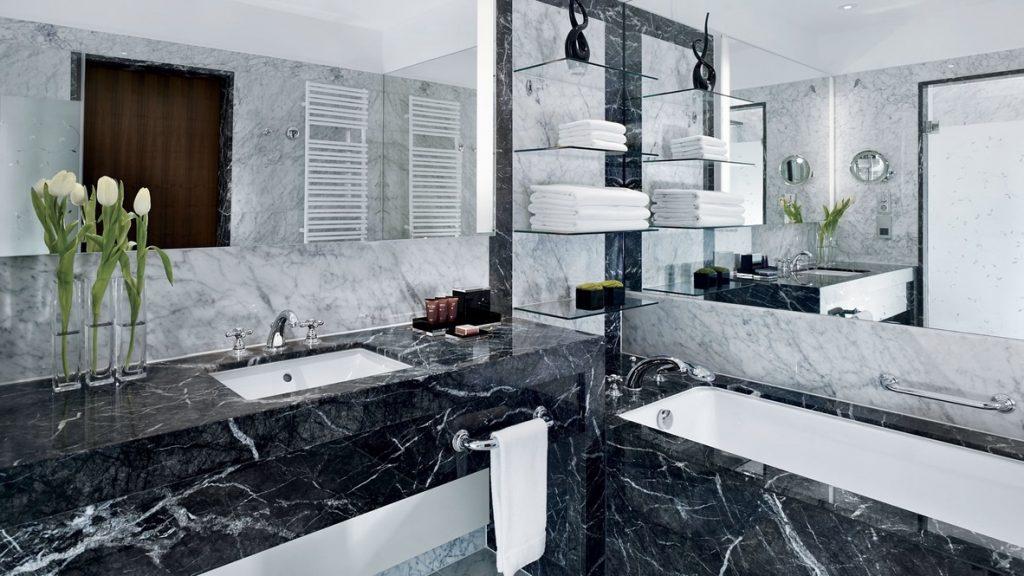 The Ritz-Carlton, Vienna - salle de bain
