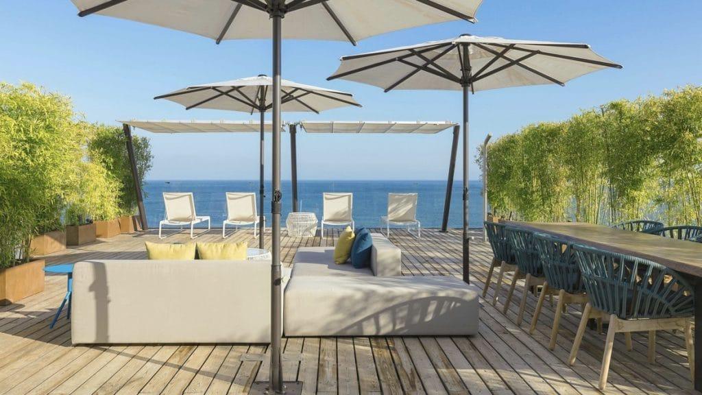 hôtel de luxe en bord de mer