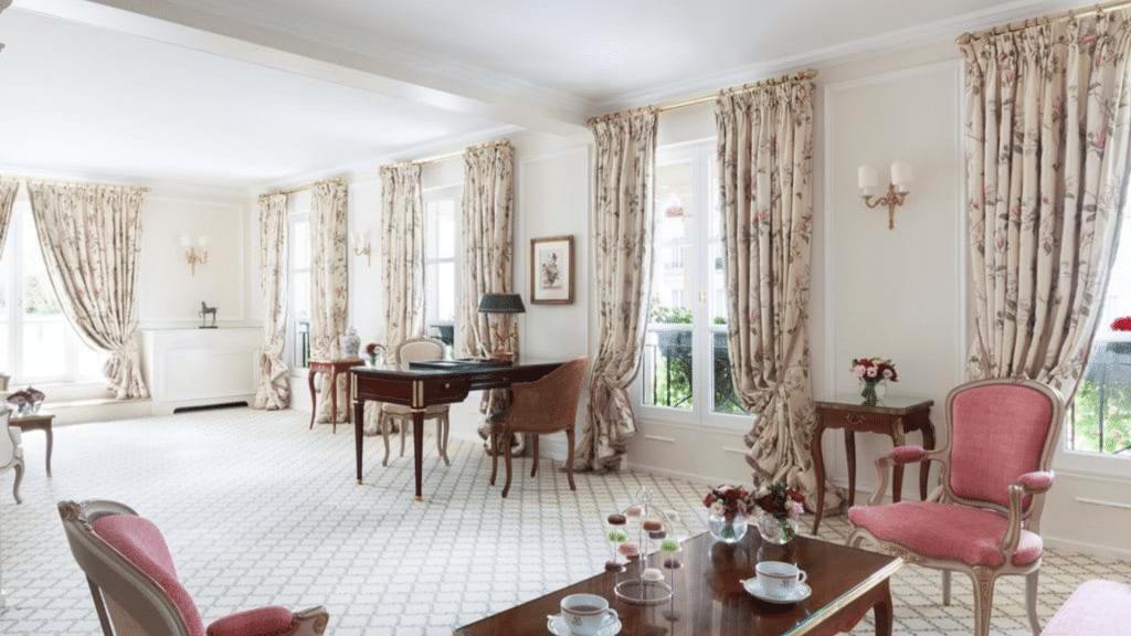 Le Bristol Paris - suite