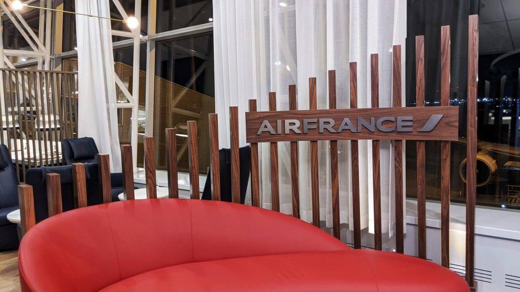 Avis sur le salon Air France à Montréal-Trudeau YUL